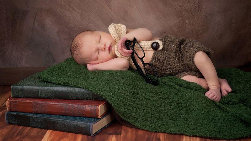 Bayi Baru Lahir - Bayi Tidur