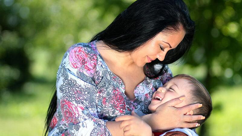 Cara Mendidik Anak yang Baik - Kasih Sayang Ibu
